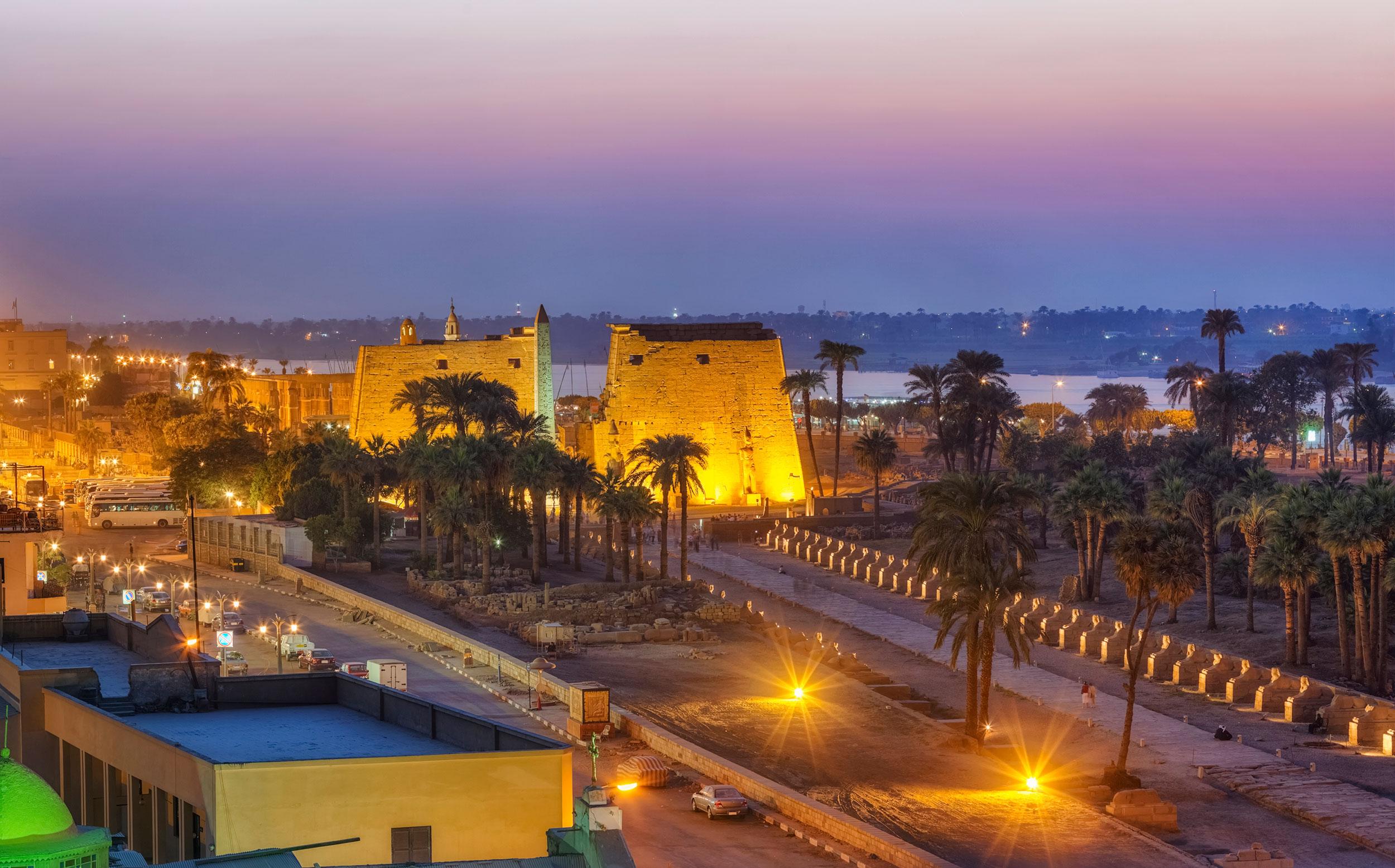 Luxor-1